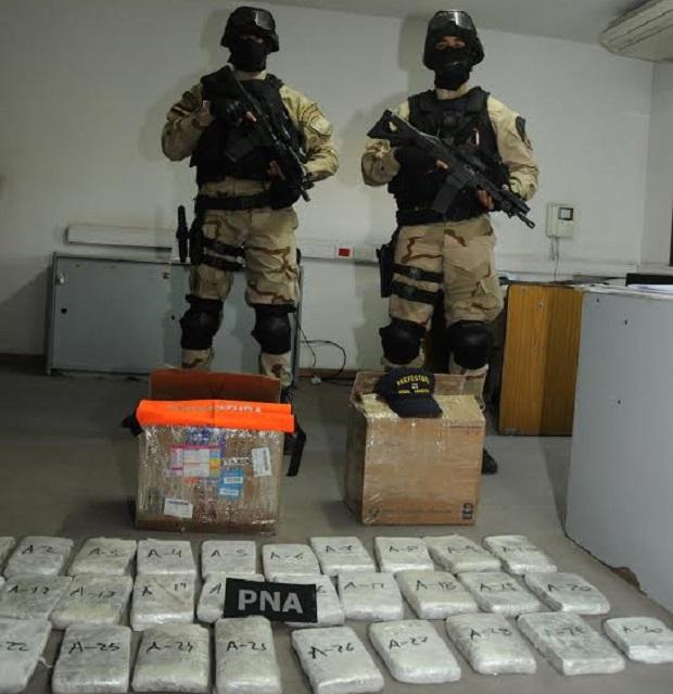 Enviaban droga por encomienda de Posadas a Buenos Aires