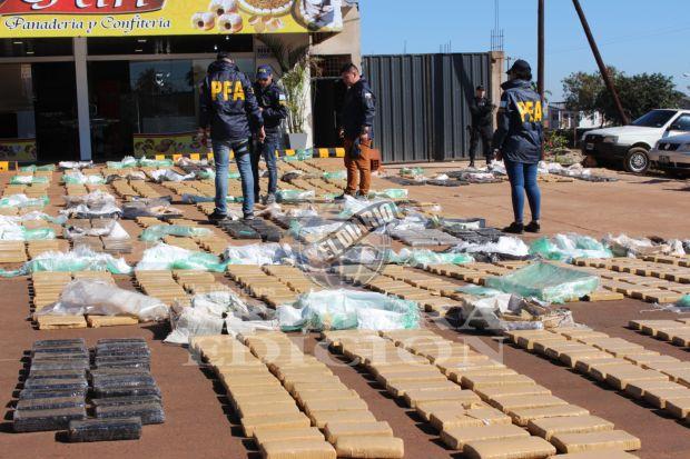 Secuestraron 4 toneladas de marihuana y detuvieron a ocho sospechosos