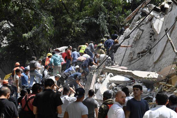 Periodista narra en vivo el inicio del terremoto de México