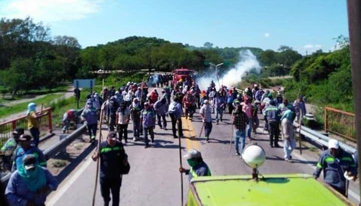 Violenta represión a trabajadores en Jujuy: 40 heridos y 24 detenidos