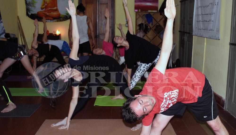 yoga4