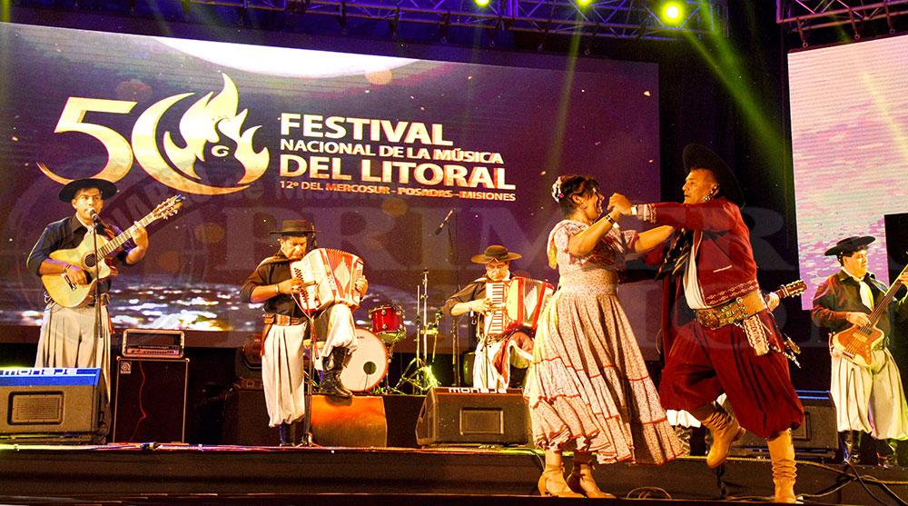 Con brillo inició la edición de Oro del  Festival Nacional de la Música del Litoral