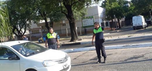 Chaco - Oficiales correntinos realizan controles en el puente