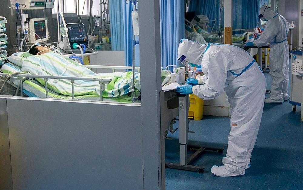Islandés contrajo una doble infección de coronavirus